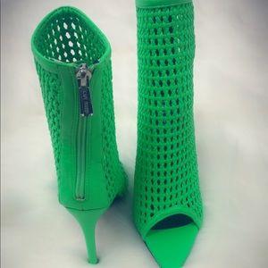 Weave Green Booties